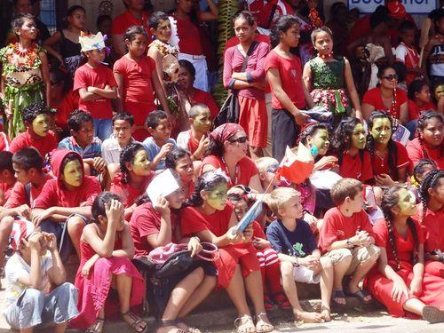 Local Kids Cheering on Tonga